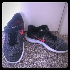 Girls Nike size 2